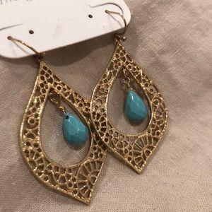 Chandelier style dangle earrings, gold/ turquoise